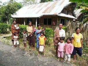 farm-house-with-family
