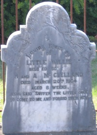 The headstone of Willie McClelland