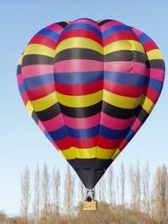 Photo of a hot air balloon