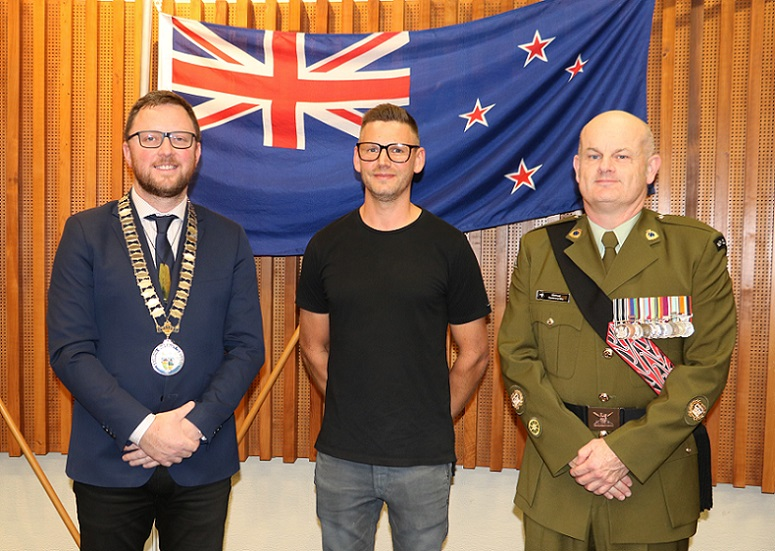 Alistair Kerr with Mayor Sam Broughton at the citizenship ceremony